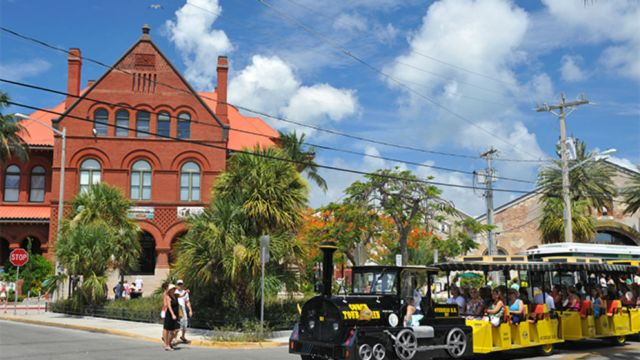 key-west-conch-train-tour